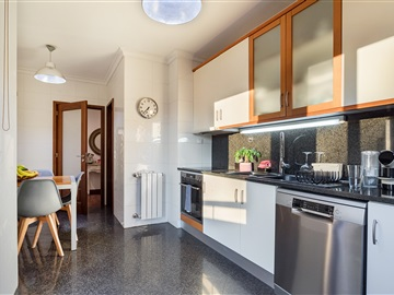 Apartamento T2 / Vila Nova de Gaia, C2 - Centro