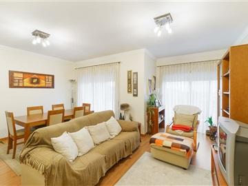 Apartamento T2 / Vila Nova de Gaia, São Félix da Marinha III - Lusomassa