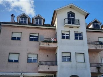 Apartamento T3 / Carregal do Sal, Currelos, Papízios e Sobral