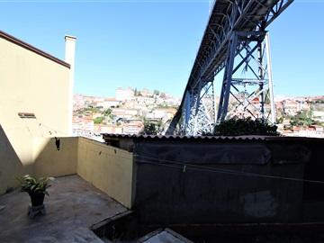 Apartment Floor Dwelling T2 / Vila Nova de Gaia, Jardim do Morro
