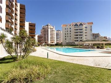 Apartment T1 / Cascais, Guia