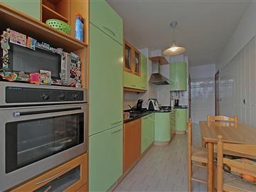 Apartment T2 / Amadora, Alfornelos