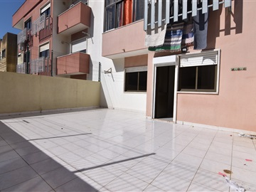 Apartment T2 / Amadora, Encosta do Sol