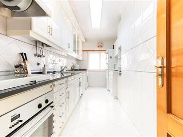 Apartment T2 / Oeiras, Algés, Linda-a-Velha e Cruz Quebrada-Dafundo