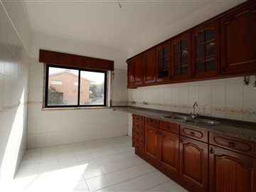 Apartment T2 / Sintra, Algueirão-Mem Martins