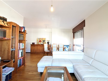Apartment T2 / Vila Nova de Gaia, Devesas