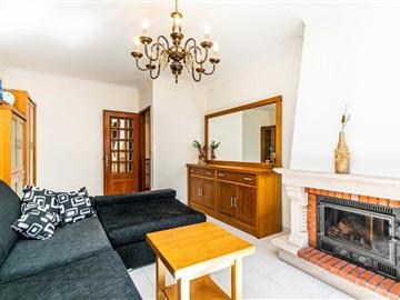 Apartment T3 / Lisboa, Santa Clara
