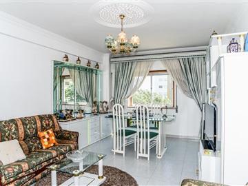 Apartment T3 / Odivelas, Arroja