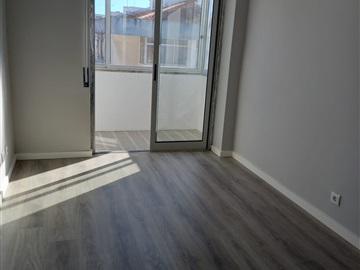 Apartment T3 / Seixal, Arrentela