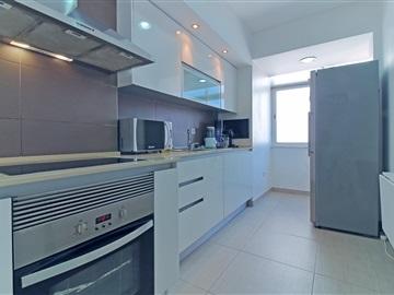 Apartment T3 / Seixal, Paio Pires