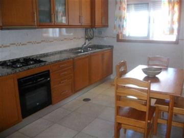 Appartement T3 / Aveiro, Urbanização das Glicinias
