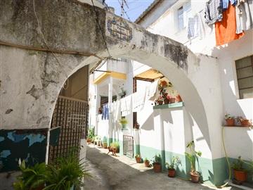 Building / Santarém, Ribeira Santarém