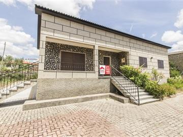 Casa T3 / Guarda, Rochoso e Monte Margarida
