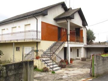 Casa T3 / Ponte de Lima, Bertiandos