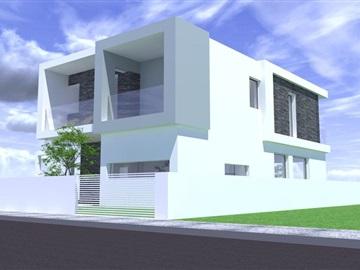 Casa T4 / Almada, Charneca de Caparica e Sobreda