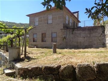 Casa T5 / Baião, Santa Marinha do Zêzere