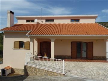 Detached house T3 / Mafra, Cheleiros, Mafra