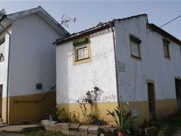 Detached house T3 / Miranda do Corvo, Lamas