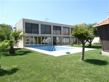Detached house T4 / Ovar, Arada