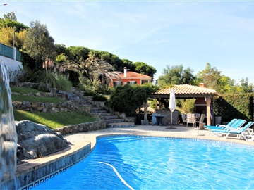 Detached house T5 / Sintra, Galamares