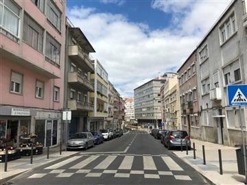 Duplex T3 / Lisboa, Alto Sto Amaro