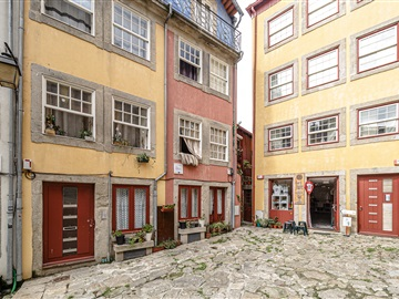 Duplex T4 / Porto, Ribeira