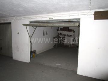 Garage / Barreiro, Barreiro / Fórum Barreiro