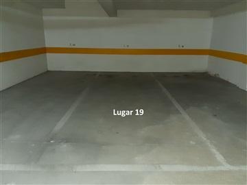 Garage / Viana do Castelo, Monserrate