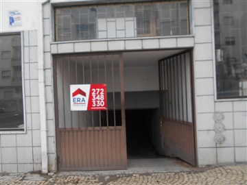 Garagem / Castelo Branco, Carapalha