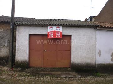 Garagem / Castelo Branco, Lousa