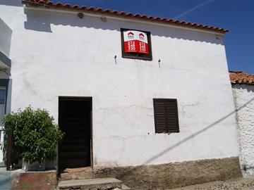 House T2 / Idanha-a-Nova, Rosmaninhal