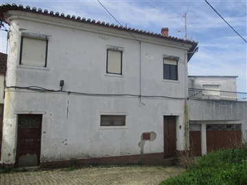 House T4 / Proença-a-Nova, Proença-a-Nova