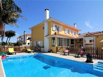House T4 / Sintra, Fontanelas