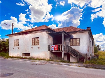 House T7 / Pombal, Pombal, Aduguete