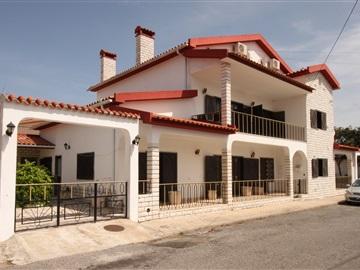 House T7 / Torres Vedras, TORRES VEDRAS
