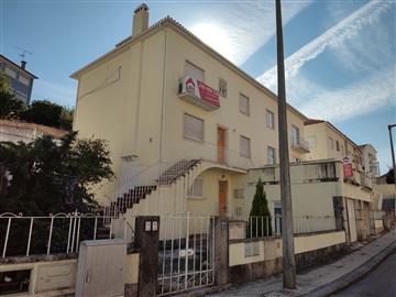 Immeuble T11 / Coimbra, Santo António dos Olivais