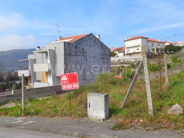Lote / Viana do Castelo, Meadela