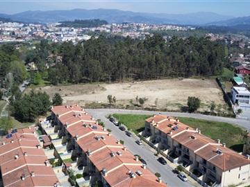 Lote / Vila Verde, Loureira