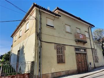 Maison / Tondela, Tondela e Nandufe