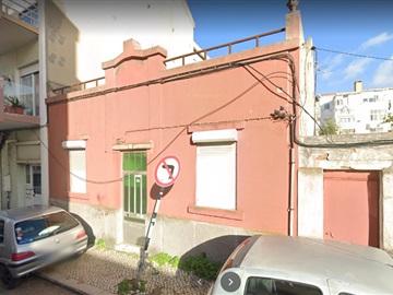Moradia T2 / Barreiro, Alto do Seixalinho / Junta de Freguesia