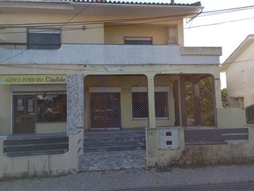 Moradia T3 / Almada, Vale Fetal