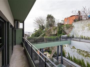 Prédio / Porto, Antas