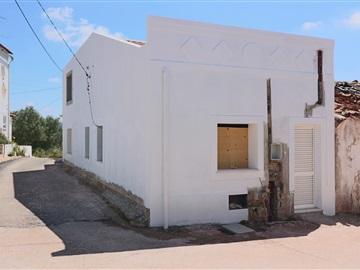 Semi-detached house T1 / Loulé, Salir