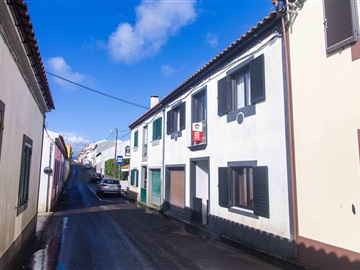 Semi-detached house T3 / Ribeira Grande, Pico da Pedra