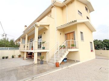 Semi-detached house T4 / Vila Nova de Gaia, Madalena