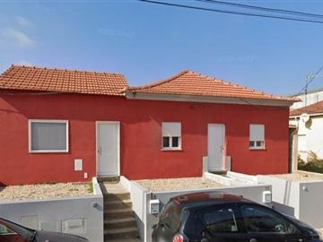 Semi-detached house T5 / Coimbra, Taveiro