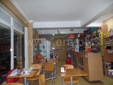 Shop / Almada, Vale Fetal