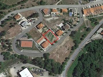 Terrain à bâtir / Amarante, Gondar