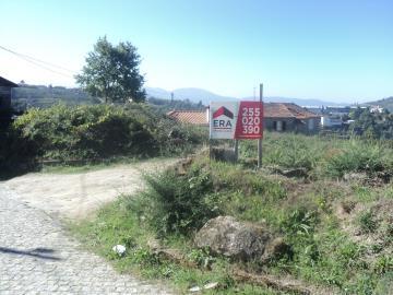 Terrain à bâtir / Baião, Gove