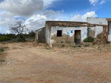 Terreno com ruina / Albufeira, Ferreiras